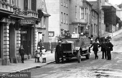 Kingsbridge, Charabanc In Fore Street 1918