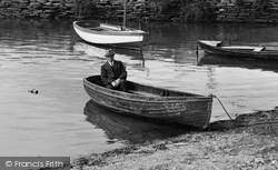 Kingsbridge, Man In A Boat 1924