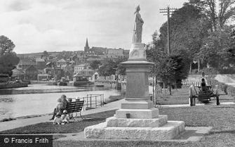 Kingsbridge, Promenade and War Memorial 1925