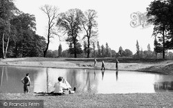 Barn Hill Pond c.1950, Kingsbury