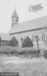 Parish Church c.1955, Kingsbury