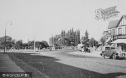 Roundabout c.1950, Kingsbury