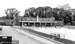 Swimming Pool, Kingsbury Road c.1955, Kingsbury