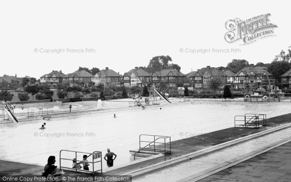 photo of kingsbury the swimming pool francis frith