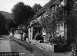 Kingston Near Lewes, The Street c.1960