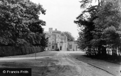 The Warren (Bbc Research Station) c.1955, Kingswood