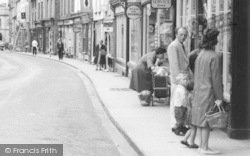 Kington, High Street, Window Shoppers c.1965