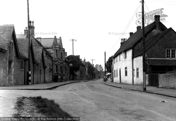 Kington St Michael photo