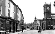 Kington, the Cross c1955