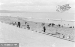 Kinmel Bay, Promenade And Beach c.1939