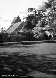 Kinnersley, Church 1948