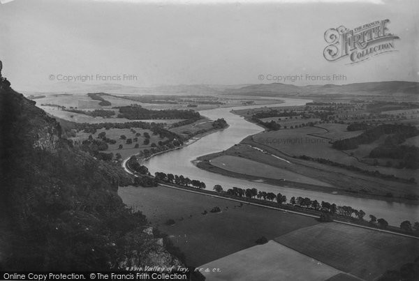 Kinnoull, Valley of Tay 1899