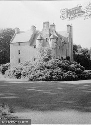 Kinross, Tullibole Castle 1952
