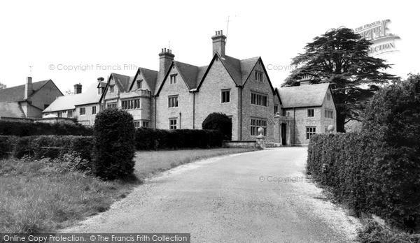 Photo of Kintbury, c.1960
