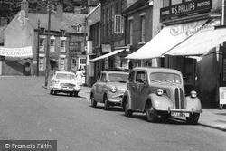 Kinver, Nash Metropolitan, Standard 8 And Ford Popular Cars c.1955