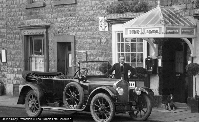 Kirkby Lonsdale, Motorcar outside the Waverley Caf� 1926.  (Neg. 79103x)  � Copyright The Francis Frith Collection 2008. http://www.francisfrith.com