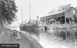 Kirkintilloch, The Boatyard c.1900