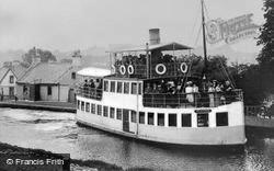 Kirkintilloch, The 'gypsy Queen' At Hillhead c.1900
