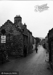 Clay Loan 1954, Kirkwall