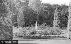 Kirn, Dhalling Mhor, Rose Garden c.1955