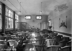 Dhalling Mhor, The Concert Room c.1950, Kirn