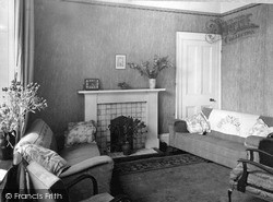 Dhalling Mhor, The Drawing Room c.1950, Kirn