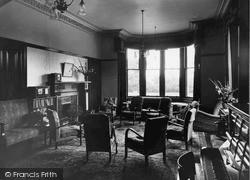 Dhalling Mhor, The Lounge c.1950, Kirn