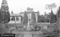 Kirn, Dhalling Mhor, The Rose Garden c.1955
