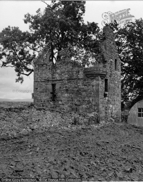 Photo of Kirriemuir, Ballinshoe Castle 1954
