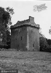Inverquharity Castle 1950, Kirriemuir