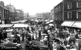 Knaresborough, Market Day 1921