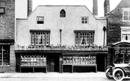 Knaresborough, Old Chemist's Shop 1911