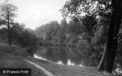 Knaresborough, River Nidd, The Abbey 1914