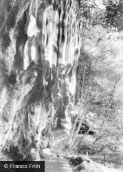 Knaresborough, The Dropping Well 1906