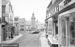 High Street c.1960, Knighton