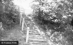 Pinner's Steps c.1960, Knighton