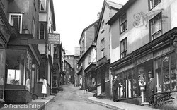 The Narrows 1951, Knighton
