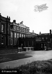 Knowsley Hall 1953, Knowsley
