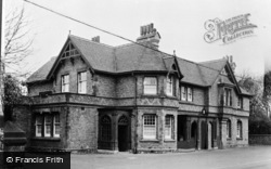 The Derby Arms c.1955, Knowsley