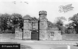 The Liverpool Lodge c.1960, Knowsley
