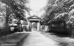 Knutsford, Tatton Park Entrance 1898