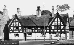 Knutsford, The White Bear c.1950