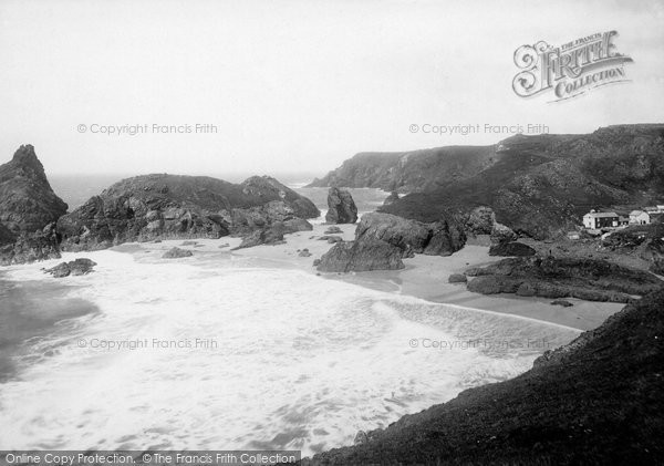 Kynance Cove photo
