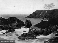 Kynance Cove, From Tar Box c.1876