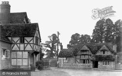 Lacock, 1932