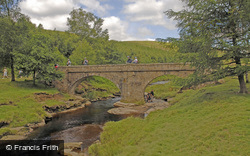 Ladybower, Slippery Stones Packhorse Bridge c.2005, Ladybower Reservoir