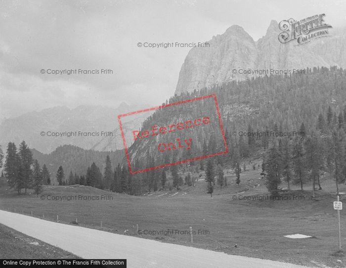 Photo of Lake Misurina, Mountain View c.1938