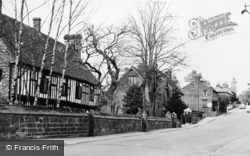 Lamberhurst, School Hill c.1955