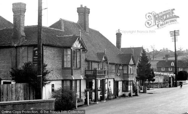 Lamberhurst, the Chequers c1955