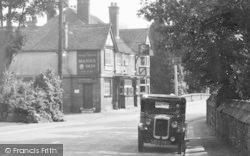 Lamberhurst, The George & Dragon c.1955